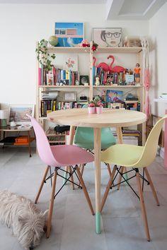 一人暮らしの家具選び www.rocio-olmo.com の モダンな ダイニング Comedor #homify #ホーミファイ #家具 #インテリア
