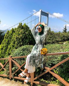 Long Skirt Fashion, Modest Fashion, Girl Fashion, Fashion Outfits, Casual Hijab Outfit, Hijab Chic, Hijab Dress, Street Hijab Fashion, Muslim Fashion