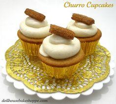 Lindsay Ann Bakes: Churro Cupcakes