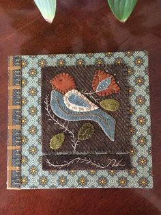 2019 13892089 2019 2019 More The post 2019 appeared first on Wool Diy. The post 2019 13892089 2019 appeared first on Wool Diy. Motifs Applique Laine, Wool Applique Patterns, Felt Applique, Applique Quilts, Applique Ideas, Penny Rugs, Felted Wool Crafts, Felt Crafts, Motifs D'appliques