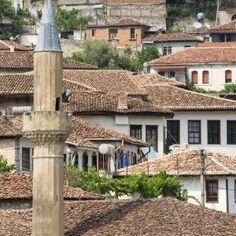 Historical quarter in Berat, Albania -  Learn more about Albania, Europe's hidden gem travel destination, in my article! #Albania #travel #traveltips #Europe #hiddengem #hiddengems