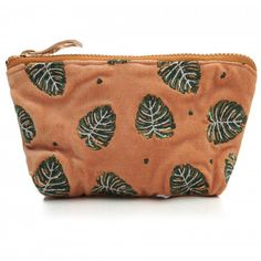 This pretty Elizabeth Scarlett Jungle Leaf Copper Mini Pouch Coin Purse is perfect for keys, loose change or those essential bits of makeup. Made from beautiful copper coloured velvet, it has PU waterproof lining, gold zip and is adorned with embroider Pouch, Wallet, Copper Color, Hand Illustration, Wash Bags, Pink Velvet, Dusty Pink, Coins, Coin Purse