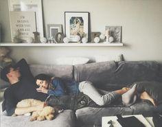 Mała Marina śpi na Szczęsnym (FOTO) What Is Love, Im In Love, Malaga, Low Key, Poodle, Cuddling, Islam, Babe, Bright