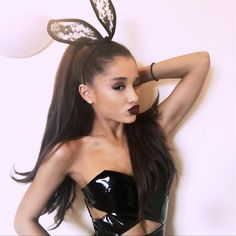 "Ariana Grande Abruptly Cancels The Rest Of ""The Honeymoon Tour"" - http://oceanup.com/2015/12/01/ariana-grande-abruptly-cancels-the-rest-of-the-honeymoon-tour/"
