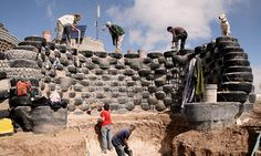 amazing! must read about this! An 'Earthship' under construction (© © Kirsten Jacobsen, Earthship Biotecture)
