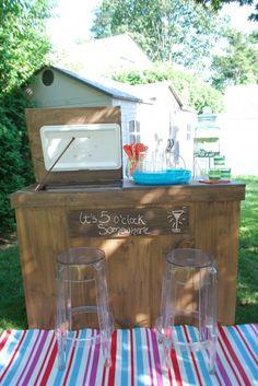 DIY Outdoor Bar with built in cooler Wood Cooler, Patio Cooler, Outdoor Cooler, Outdoor Patio Bar, Outdoor Kitchen Bars, Outdoor Bars, Cooler Box, Backyard Kitchen, Backyard Patio