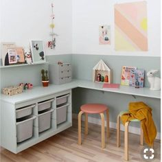 I love a good IKEA hack! This split wall paint feature has been cleverly continued over the furniture including a Trofast toy storage unit… #ikeahacksstoragewallunits