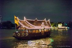 Cruise along the Chao Praya River - Fantastic stopover when travelling to Koh Samui Ko Samui, Samui Thailand, Bangkok Travel Guide, Thailand Travel, White Sand Beach, Rivers, Travel Guides, Hong Kong, Travelling