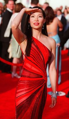 Lucy Liu, 2000, Versace. The Red Carpet Project - NYTimes.com