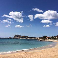 Calme balnéaire.  La ciotat, France   #laciotat #southoffrance #beach #sea