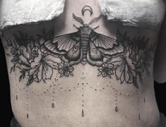 The Monumental Ink Tattoo Artists - Beautiful sternum piece done by Louise… - Tattoos For Women On Thigh, Sleeve Tattoos For Women, Tattoos For Guys, Unique Half Sleeve Tattoos, Unique Tattoos, Amazing Tattoos, Flower Tattoo Designs, Flower Tattoos, Ave Tattoo
