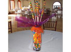 Centros de mesa con dulces retro, muy de moda.