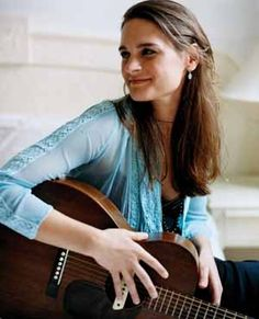 Madeline Peyroux - what a great voice - similar to one of my other favs, Billie Holiday