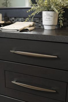pull in Polished Nickel by Hickory Hardware Color Inspiration, Kitchen Inspiration, Kitchen Ideas, American Diner, Hickory Hardware, Kitchen Cabinet Hardware, Find Color, Polished Nickel, Contemporary Design