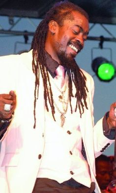 Com - BeenieeeeeeMan - Edition. Beenie Man, Reggae Artists, Jamaican Music, Kings Man, Men Closet, Reggae Music, White Man, Bob Marley, Creative Writing