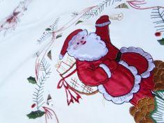 Vintage large tablecloth Christmas Santas 106 ins x 70 ins with 4 napkins | eBay