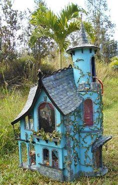 . - Bob's Gardening #birdhouses #birdhouse #birds