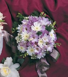 Purple Wedding Bouquets - Bouquet Galleries of Photos
