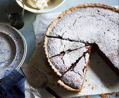 Recipe Chewy walnut & caramel tart by Manu Feildel - Recipe of category Desserts & sweets