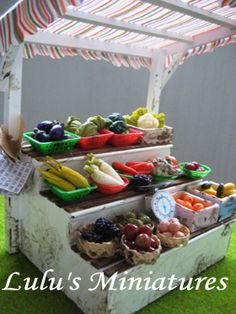 Miniature fruits & veggies market