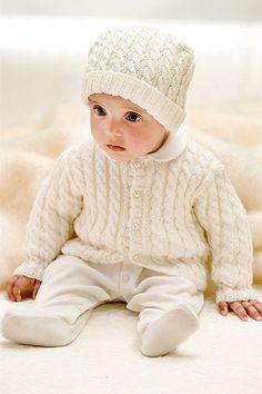 Babyjacke mit Zopfmuster -für Strickfortgeschrittene und eine super Geschenkidee