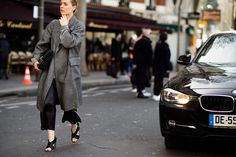 On the Streets of Paris Fashion Week Fall 2015 - Paris Fashion Week Fall 2015 Street Style Day 5-Wmag