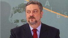 Há indícios de que o ex-ministro atuou de forma direta a propiciar vantagens econômicas ao Grupo Odebrecht.