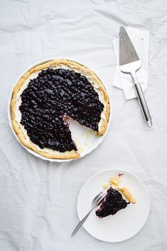 Celebrate summer with this Blueberry mascarpone cream pie. It uses frozen wild blueberries which are delicious when paired with fluffy mascarpone filling.