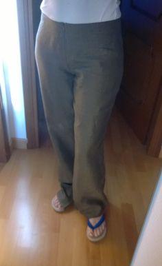 Pantaloni in lino...manca ancora l'orlo sotto ;)