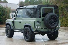Land Rover Defender Himalaya
