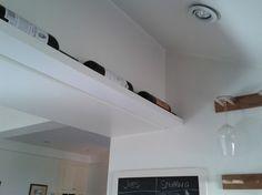 Utiliser une étagère ikea ribba comme range bouteilles