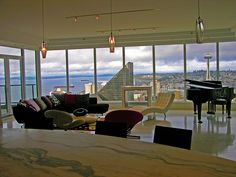 Escala Penthouse - UDG - 114 by Urban Development Group, via Flickr