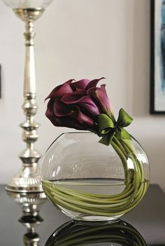 jolie decoration avec grand vase en verre, deco vase transparent, vase boule verre