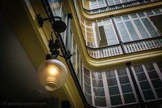 Échale un vistazo a este increíble alojamiento de Airbnb: Apartment in the Heart of Cadiz XVII Century - Apartamentos en alquiler en Cádiz