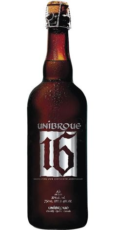 Cerveja Unibroue 16, estilo Belgian Golden Strong Ale, produzida por Unibroue, Canadá. 10% ABV de álcool.