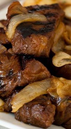 Steak Tips with Caramelized Onions - A terrific marinade for steak tips that results in tender, flavorful beef plus amazing caramelized onions. So delicious! Beef Steak Recipes, Beef Recipes For Dinner, Cooking Recipes, Healthy Recipes, Sirloin Tip Steak, Chicken Recipes, Beef Tips Recipe Oven, Recipes With Beef Tips, Carne Asada