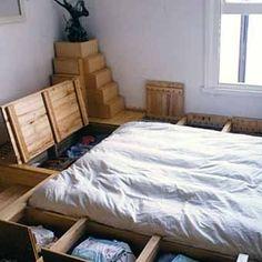 простая кровать для спальни с ящиками для храниения своими руками