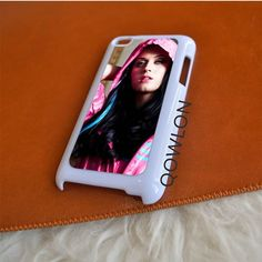 Katy Perry Hood iPod Touch 4 | 4TH GEN Case