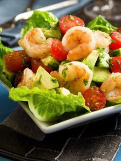 This wonderfully refreshing and tasty avocado shrimp salad boasts cherry tomatoes, fresh herbs, and green onions. The salad is served on a. Sea Food Salad Recipes, Shrimp Salad Recipes, Seafood Salad, Seafood Recipes, Healthy Recipes, Shrimp Avocado Salad, Avocado Salads, Great Recipes, Favorite Recipes