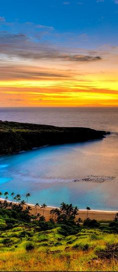sunset at the Hanauma Bay in Oahu,Hawaii, USA