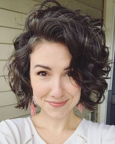 45 New Best Short Curly Hairstyles 2018 - 2019 Bob Hairstyles curly bob hairstyles Short Curls, Short Curly Bob, Short Hair Cuts, Bobs For Curly Hair, Short Hair For Curly Hair, Curly Bob Bangs, Curly Bob With Fringe, Curly Bob Weave, Curly Asymmetrical Bob