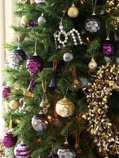Precious Metals - Christmas tree from Poundland Metal Christmas Tree, Christmas Love, Christmas Ideas, Christmas Bulbs, Precious Metals, Bobs, Free Images, Projects To Try, Holiday Decor