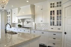 More ideas below: Modern Traditional Kitchen Design Ideas Small Traditional Kitchen Cabinets Rustic Traditional Kitchen Backsplash Remodel White Traditional Kitchen Table Decor Classic Warm Traditional Kitchen White Granite Kitchen, White Kitchen Cabinets, Kitchen Countertops, Diy Kitchen, Kitchen Decor, Kitchen Tables, Kitchen Paint, Kitchen Flooring, 10x10 Kitchen