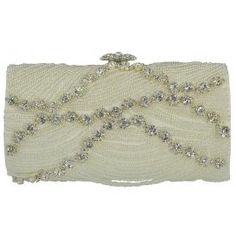Add a touch of hollywood glamour to your wedding day look with the Ophelia Handbag from Sondra Roberts