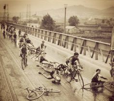 You'd think after 80 years someone would invent a non slippery road Vuelta Ciclista, 1933!#crash #cycling #bike #ride #explore #exercise #vintage