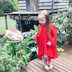 We've found the cutest cottage to call home for the next few days. Harlow is in love with this dress. ThankYou, @petitelivrie