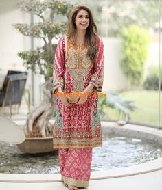 launches her new collection of vibrant formals, right in time for the wedding season 💍💫✨ Shadi Dresses, Pakistani Formal Dresses, Pakistani Wedding Outfits, Pakistani Bridal Dresses, Pakistani Dress Design, Bridal Outfits, Indian Dresses, Indian Outfits, Wedding Dresses