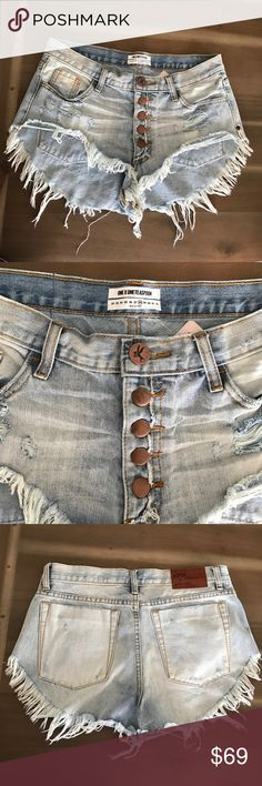 NWT One Teaspoon Rollers Cut Off Shorts Size 28 NWT. I love these but they're just too short for my taste. One Teaspoon Shorts Jean Shorts
