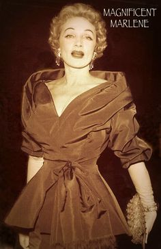 Magnificent MARLENE DIETRICH photo by MURRAY GARRETT in her 50's doing a full swirl in DIOR for the hoard of cameras & paparazzi at a big Hollywood Premiere. 1950's. (minkshmink)