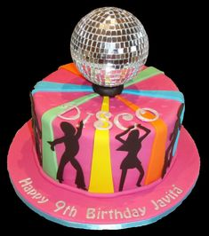 Disco Cake - Caitlin would love this one for her Birthday Dance Party Birthday, 40th Birthday Cakes, 70th Birthday Parties, At The Disco, Festa Rock Roll, Bolo Musical, Disco Cake, Disco Theme, 70s Party